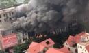 Gần chục căn biệt thự khu Thiên đường Bảo Sơn đang cháy dữ dội