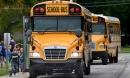 Xe đưa đón trên thế giới ngăn chặn việc bỏ quên học sinh ra sao