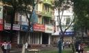 Hà Nội: Cây bất ngờ đổ trên đường Trần Đăng Ninh khiến 1 người tử vong