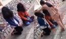 Xôn xao clip nữ sinh bắt 2 bạn gái quỳ gối, nắm tóc, đánh đập nhiều lần, nghi do mâu thuẫn tình cảm