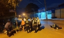 Cô gái trẻ truy đuổi kẻ giật điện thoại trong đêm, tông xe trọng thương 2 thanh niên đi đường