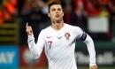 Ronaldo lập poker, Bồ Đào Nha 'nghiền nát' Lithuania