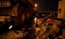 Cận cảnh hiện trường vụ container tông người đi xe máy văng khỏi cầu Thanh Trì