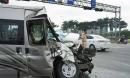 Ớn lạnh hiện trường TNGT xe khách vỡ nát sau va chạm khủng khiếp với xe ben