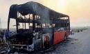 Xe khách cháy trong đêm, 10 người thoát chết