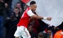 Arsenal hòa nhạt trên sân nhà trong ngày Aubameyang cán mốc 50 bàn