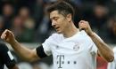 Lewandowksi nổ súng 10 trận liên tiếp, Bayern vẫn thảm bại 1-5 khó tin