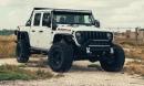 Jeep Gladiator độ động cơ siêu khủng Hellcat, thách thức mọi địa hình