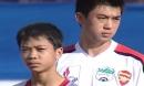Ảnh Lee Nguyễn và cậu bé Công Phượng ở HAGL gây chú ý