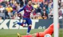 Messi ghi 4 bàn đưa Barca lên ngôi đầu La Liga