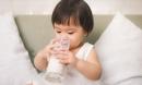3 khung giờ vàng uống sữa giúp trẻ hấp thụ canxi tốt nhất, bé chân dài cao lớn vượt trội