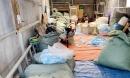 Bắt quả tang cơ sở tái chế 100.000 khẩu trang y tế ở Long An