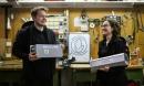 Công ty Đức gây sốt khắp thế giới với thang máy diệt virus corona