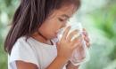 Giữa mùa hè nóng như đổ lửa, 4 nguyên tắc an toàn mẹ cần nhớ để con không bị ốm