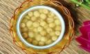 Cách nấu chè đậu xanh hạt sen ngon ai cũng mê