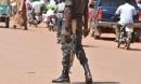 Tay súng đi môtô bắn chết 30 người trong chợ gia súc đông đúc