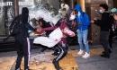 Đêm cướp bóc ở New York - cảnh sát bất lực trước hàng trăm kẻ hôi của