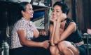 H'Hen Niê đưa mẹ đi mua sắm để báo hiếu, tiết lộ câu chuyện cảm động về quá khứ thiếu thốn