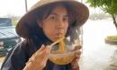Xúc động bữa ăn ngon nhất của Thủy Tiên: Chỉ một bát mì nấu nước sôi, ăn vội ven đường