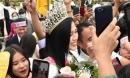 Báo quốc tế khen ngợi sự giản dị của Đỗ Thị Hà, netizen đặt luôn biệt danh 'Hoa hậu nông dân'
