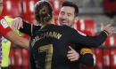 Messi và Griezmann bắn hạ Granada, Barcelona lên Top 3 La Liga