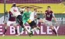 Pogba lập siêu phẩm, Man United chính thức vượt mặt Liverpool, dẫn đầu Premier League