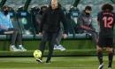 Sốc: HLV Zidane mắc Covid-19