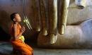 Phật dạy: 6 hành vi gây tổn hại phúc đức, mất hết lộc lá, tiền tài, nghiệp báo nặng nề về sau