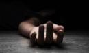 Một phụ nữ chết bất thường ngay trước cửa nhà cha mẹ ruột