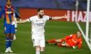 Thắng siêu kịch tính ở 'siêu kinh điển', Real Madrid bước qua Barca đoạt ngôi đầu
