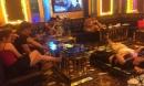 Hát karaoke có 'tay vịn' giữa dịch Covid-19, cả 37 người đều dương tính với ma tuý