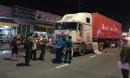 Tai nạn thương tâm giữa container và xe đạp điện, 2 mẹ con chết thảm