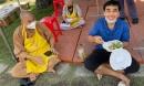 100 ngày làm từ thiện của Quyền Linh: Cảnh cha con rất gần mà cũng rất xa đau lòng chứ!