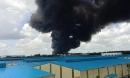 Công ty sản xuất mút xốp trong KCN ở Bình Dương chìm trong biển lửa, có công nhân ngất xỉu