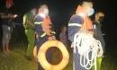 Cảnh sát xuyên đêm tìm 2 người mất tích dưới nước, sáng hôm sau phát hiện 1 người đã tự về nhà