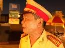 Người CSGT già bật khóc, lưu luyến chia tay người dân Thủ đô