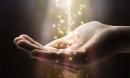 Câu chuyện khó lý giải về những con người giao tiếp với linh hồn
