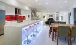 Những mẫu ghế sắc màu cho phòng bếp đẹp lung linh
