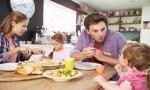 Có 3 điều nên làm và 2 điều cấm kỵ sau bữa ăn giúp bạn kéo dài tuổi thọ, nhất định phải nhớ kĩ