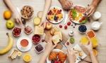 Chuyên gia khuyến cáo nhóm người sau không nên ăn sáng ngay sau khi thức dậy dù vội tới mấy