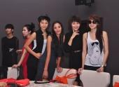 thi-sinh-next-top-model-tai-le-trao-giai-ngoi-sao-cua-nam-2011-74232.html