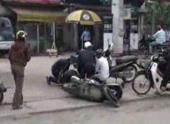 video-man-vay-bat-hai-ke-buon-ma-tuy-o-binh-duong-96155.html