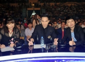 http://xahoi.com.vn/tung-duong-choi-kheo-ghe-nong-the-voice-125102.html