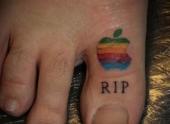 fan-cuong-cua-apple-microsoft-va-google-gay-sot-voi-hinh-xam-doc-126139.html