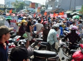 dan-chan-duong-phan-doi-doanh-nghiep-quoc-lo-ket-cung-3km-150430.html