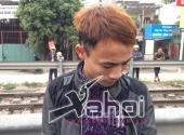 ngang-nhien-vac-dao-sang-loang-luon-pho-bi-141-tom-gon-157358.html