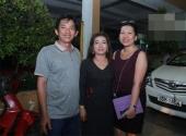 http://xahoi.com.vn/guong-mat-than-quen-2014-bo-me-ruot-hoai-lam-lan-dau-lo-dien-172736.html