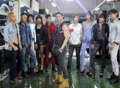 https://xahoi.com.vn/vietnams-next-top-model-dan-thi-sinh-tung-hoanh-tai-xuong-quan-jeans-195097.html