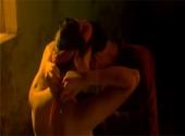 canh-phim-gay-bao-cua-truong-ngoc-anh-va-nguoi-chong-gu-195766.html