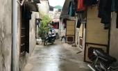 hang-xom-chung-kien-co-gai-bi-duoi-ve-tan-phong-tro-co-van-xin-nhung-ban-trai-van-xuong-tay-sat-hai-254927.html